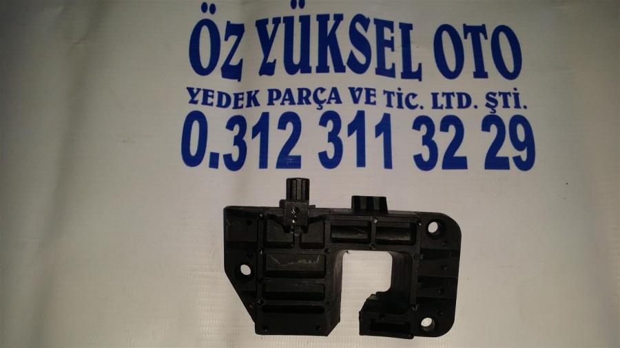 FOCUSVİTES KOLU ALT YUVASI1998-2005